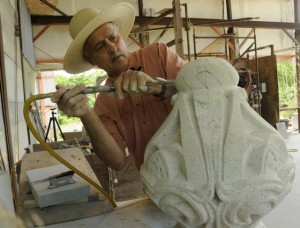 middlemas_keith_courthouse_stone_carver_t640
